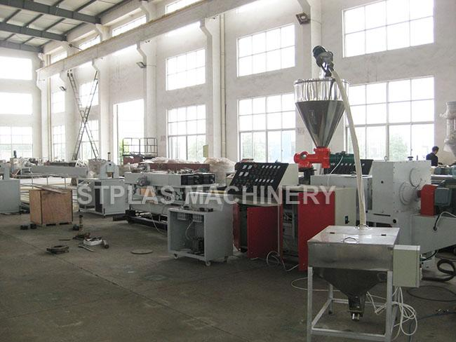 Connical Twin Screw Extrusion Machine / Two Screw Extruder With 38CrMoALA Screw