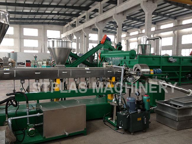 Auto Parallel Twin Screw Plastic Extruder / Dual Screw Extruder For Granules Making