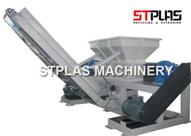 China Twin Shaft Industrial Plastic Shredder Machine For Container Drum Barrel Crushing factory