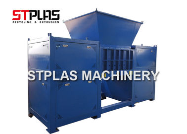 China Double Shaft Industrial Plastic Shredder Machine For Plastic Bottle / Hard Flakes factory