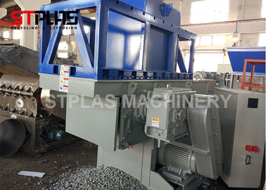 China Waste Plastic Crusher Use and PP,etc,PS,Tyre,PE,PET,PVC,PC Plastic Type Plastic Pipe shredder factory