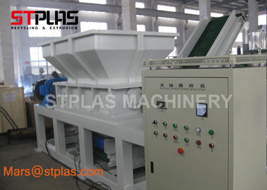 China Industrial Double Shaft Chipper Shredder Machine for Plastic bottle and bags factory