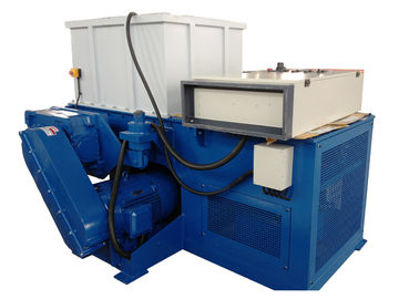 China Single Shaft Plastic Shredder Machine For Big Solid Block Plastic High Torque factory